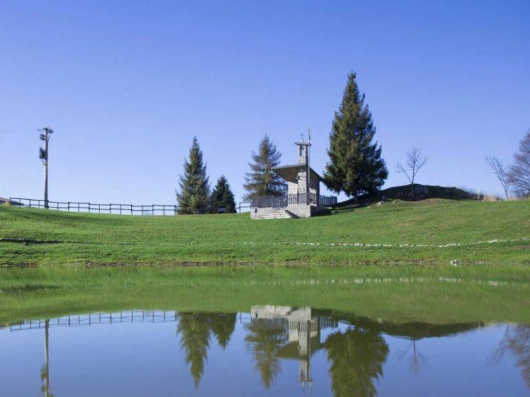chiesetta degli alpini laghetto del pertus
