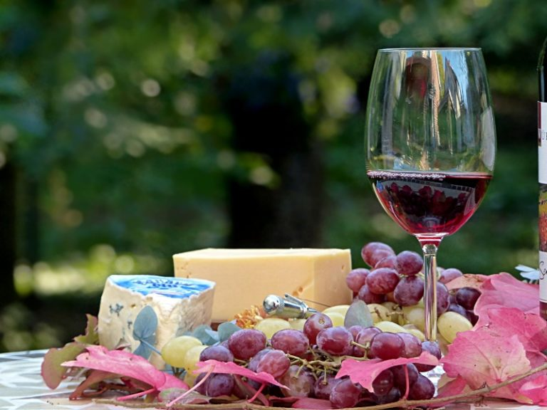 wine-cheese-enogastronomia